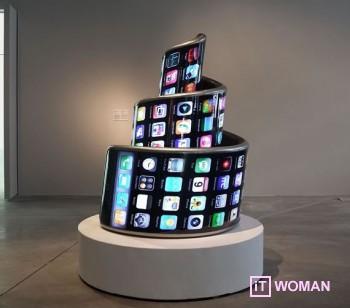 Гигантский спиральный iPhone