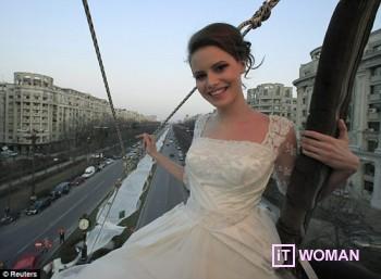 Шлейф свадебного платья длинной 2750 метров!