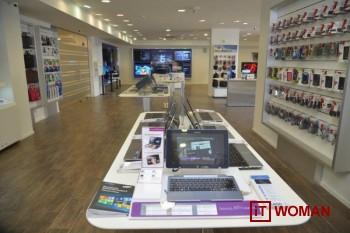 В фирменных магазинах Samsung угостят кофе и подберут лучший гаджет!