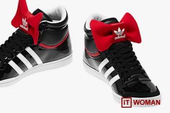 Кроссовки с бантиками от Adidas