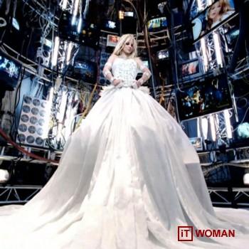 Hi-Tech клип от Бритни Спирс