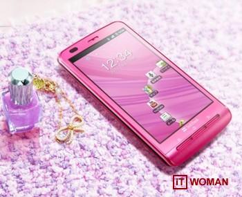 Android смартфон от Panasonic для девушек
