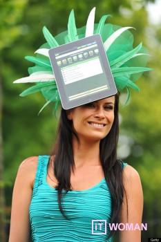 Абсурд: шляпка с iPad!
