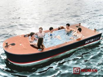 Шикарная яхта с расслабляющей ванной на палубе