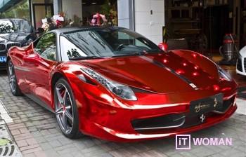 Огненно-красная Ferrari на День Святого Валентина!