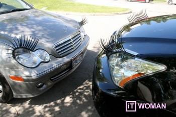 Женские украшения автомобиля