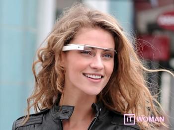 Как использовать Google Glass? Смотрите видео!