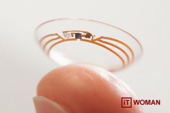 Google разрабатывает умные контактные линзы