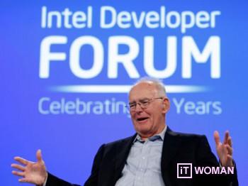 Intel в Украине празднует 50-летие закона Мура