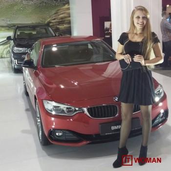 Какие приложения помогут девушкам-автомобилисткам?